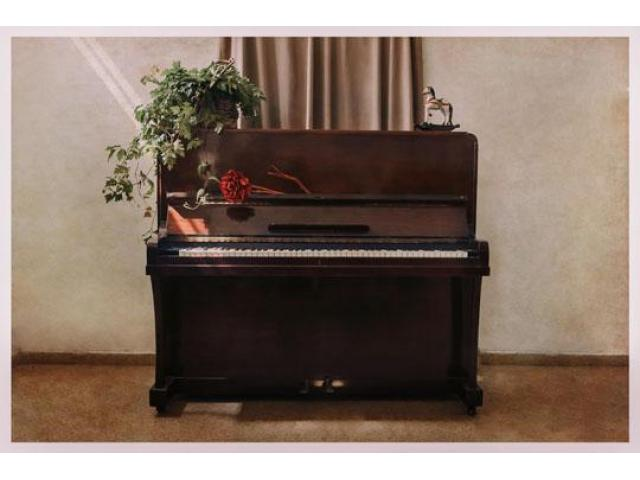 Used Pianos for Decoration - 1/8