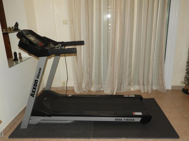 TREADMILL LIKE NEW - 1/6