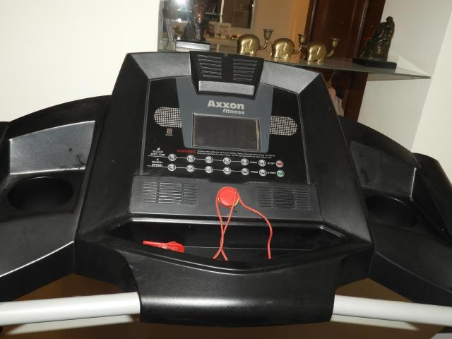 TREADMILL LIKE NEW - 5/6