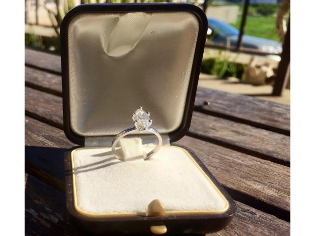 14ct Diamond Ring 1.05ct - 2/9