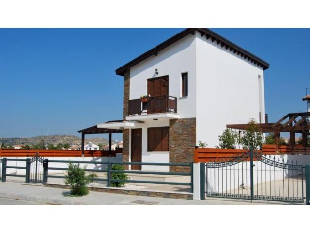 Detached villa with private swimming pool near the beach - 1/9