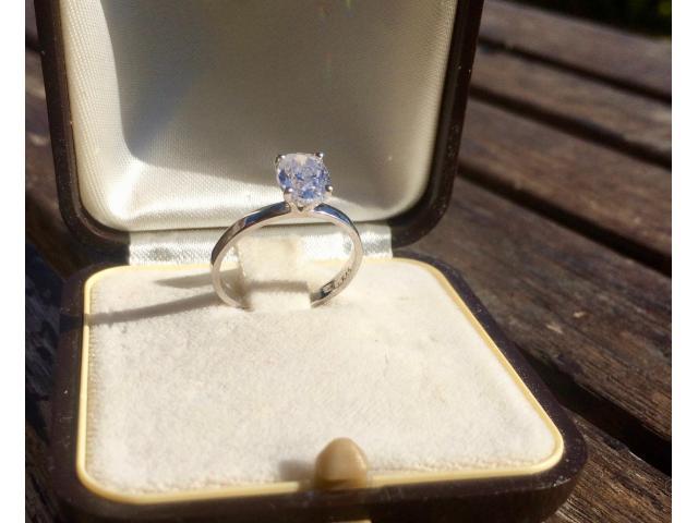 Large 1.16 carat, d/vs2 diamond ring with full original certificate - 7/9