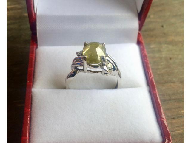 Ultra rare large natural fancy green diamond ring 2.77 carat - 8/11