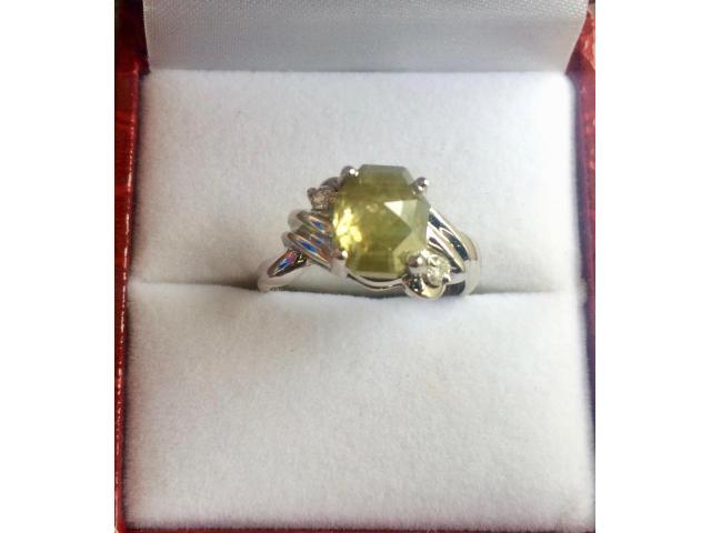 Ultra rare large natural fancy green diamond ring 2.77 carat - 9/11