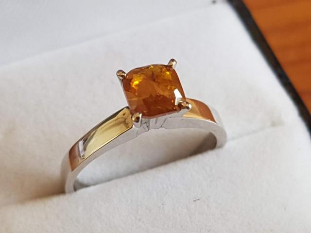 0.90 carat natural fancy deep orange diamond with full certificate - 2/9
