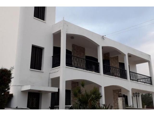 mouttagiaka - 3 bedroom semi-detached upper level house - 6/8