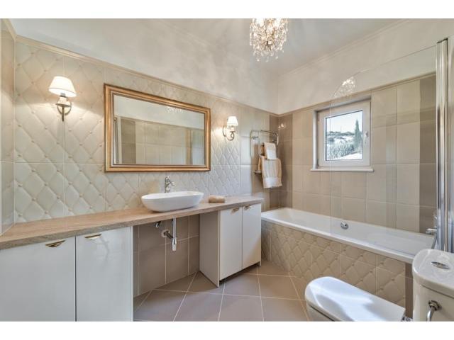 RN SPS 194 / 5 Bedroom villa in Agios Tychonas area – For sale - 3/17