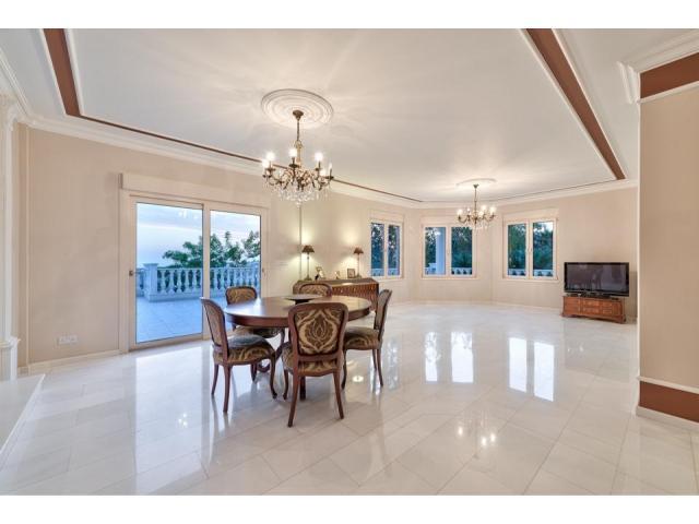 RN SPS 194 / 5 Bedroom villa in Agios Tychonas area – For sale - 12/17