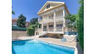 RN SPR 424 / 6 Bedroom villa in Potamos Germasogeias – For rent - Image 2/10