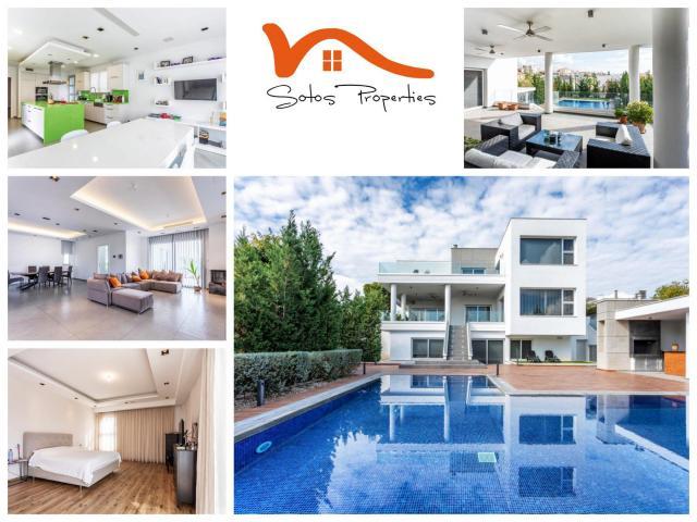 RN SPS 215 / 5 Bedroom villa in Agia Fyla area – For sale - 1/14
