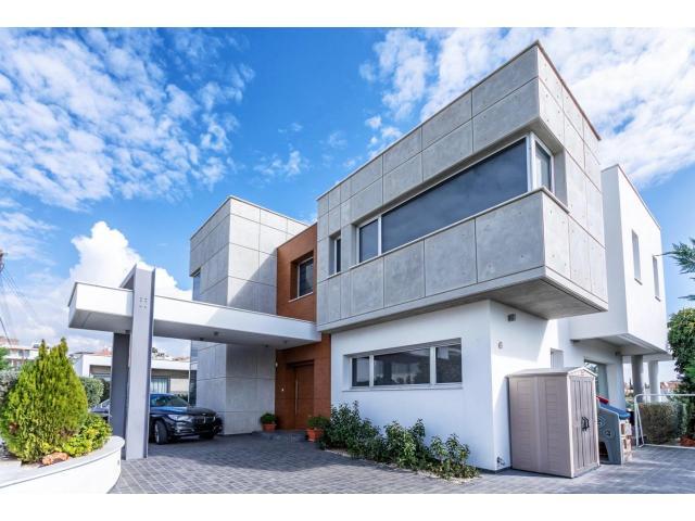 RN SPS 215 / 5 Bedroom villa in Agia Fyla area – For sale - 2/14