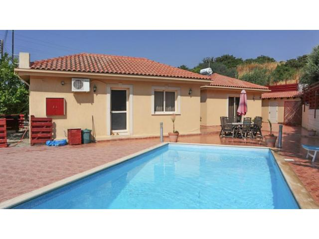 RN SPS 221 / 3 Bedroom Bungalow in Pyrgos – For sale - 2/10