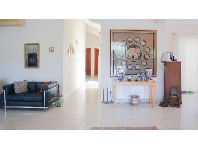 RN SPS 221 / 3 Bedroom Bungalow in Pyrgos – For sale - 4/10