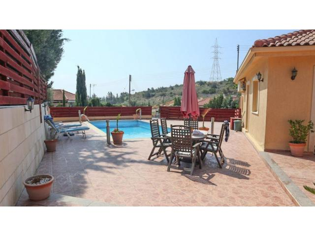 RN SPS 221 / 3 Bedroom Bungalow in Pyrgos – For sale - 10/10