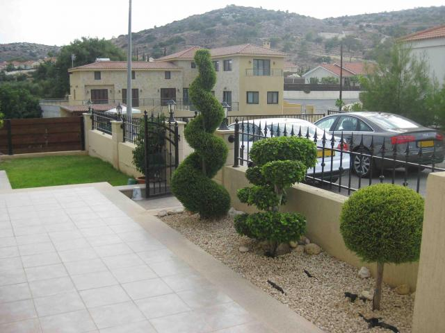 RN SPS 237 / 3 Bedroom bungalow in Pyrgos area – For sale - 5/12