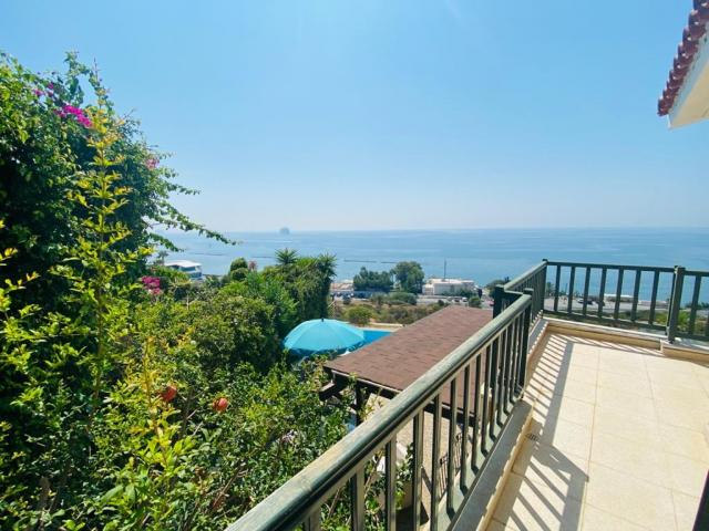 RN SPR 603 / 3 Bedroom house in Amathus area Limassol – For rent - 5/18