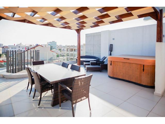 3 Bedroom penthouse in Mesa geitonia area – For sale - 8/10