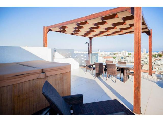3 Bedroom penthouse in Mesa geitonia area – For sale - 9/10