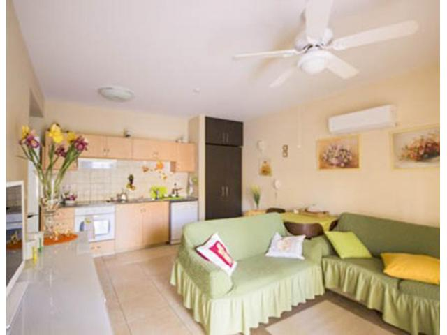 RN SPS 262 / 1 Bedroom ground floor apartment in Pyrgos tourist area – For sale - 3/7