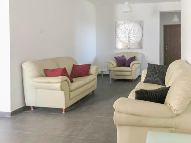 RN SPR 637 / 3 bedroom apartment in Zakaki area – For rent - 1/7