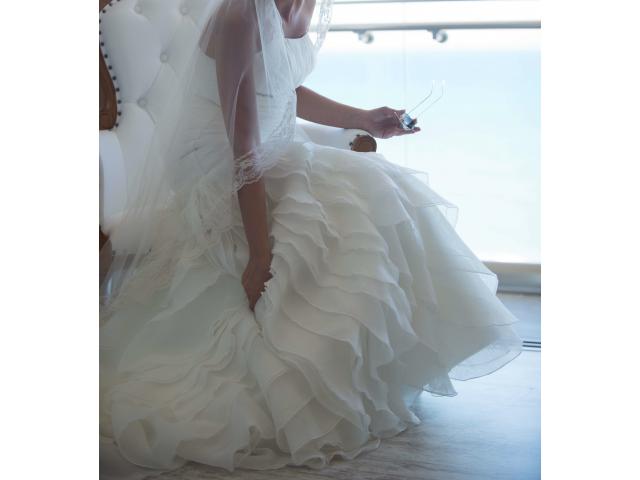 Wedding dress - 1/3
