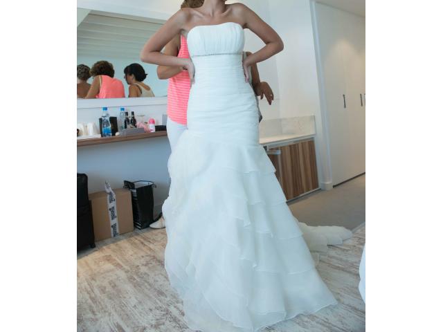 Wedding dress - 2/3