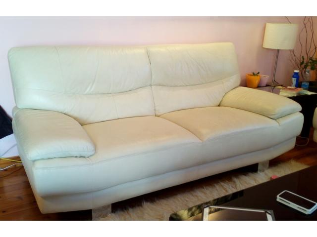 A pair of real leather sofas for sale for Sofa 400 euro